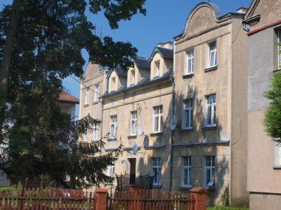 Widok  z boku przy ul. Piłsudskiego