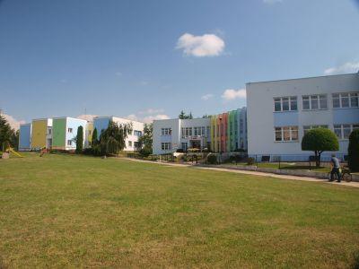 Szkoła i przedszkole schyłek późnego modernizmu