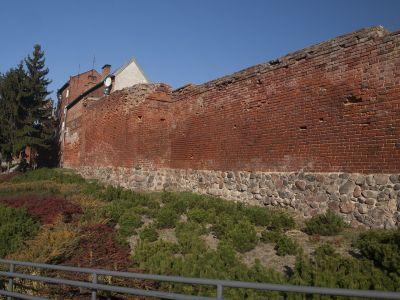 Część średniowiecznych murów