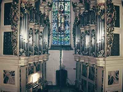 Od roku 2012 cyklicznie, każdego lata odbywają się w kościele św. Bartłomieja przy ul. Chrobrego koncerty organowe. Terminy koncertów oraz o samych organach więcej na stronie www.hildebrandt-paslek.pl
