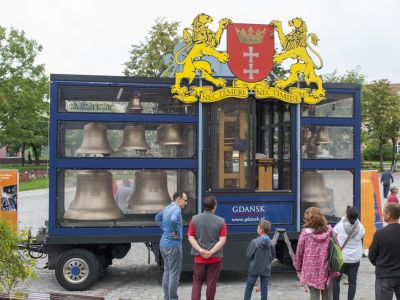 Mobilny carillon